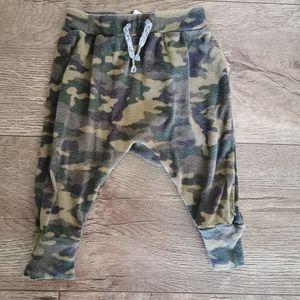 3/$12 Joe Fresh Harem pants 3-6 m